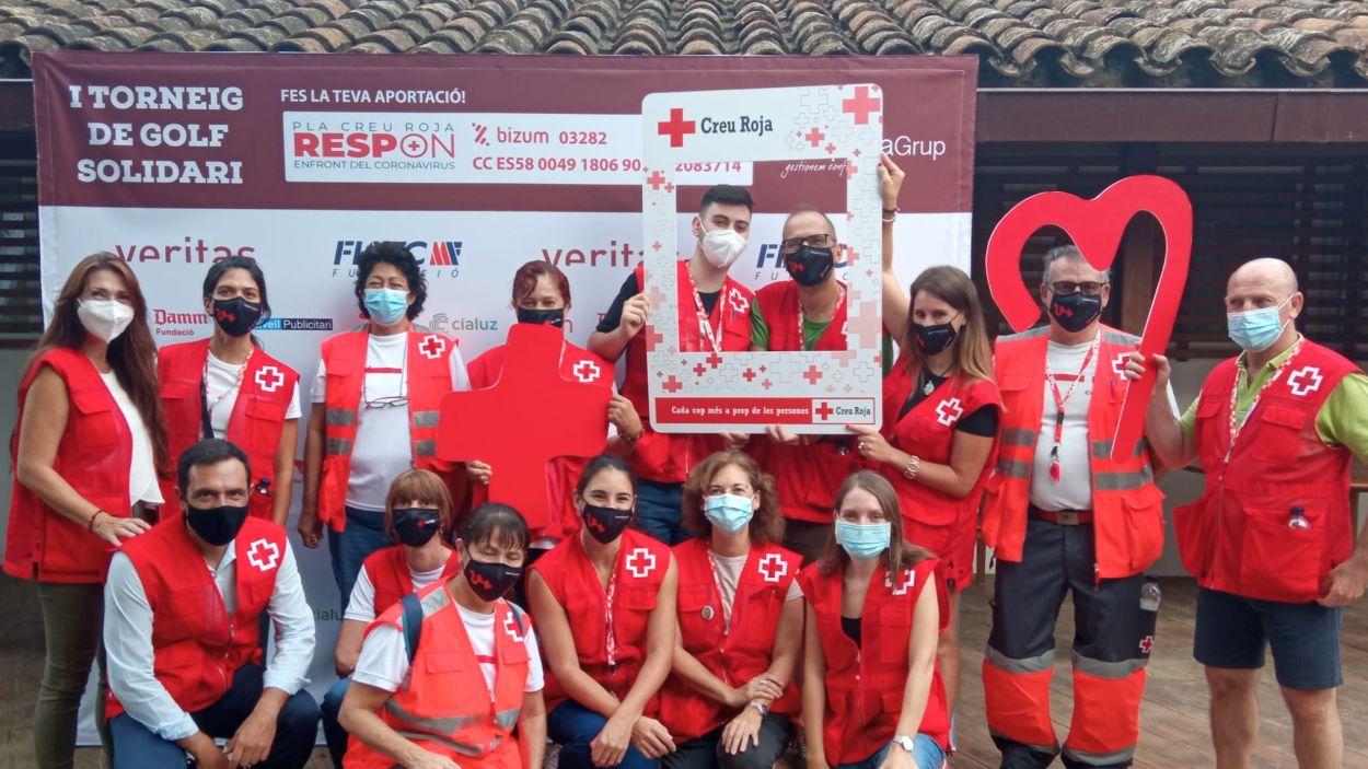 El 1r Torneig de Golf Solidari de la Creu Roja permet comprar més de 10 tones d'aliments
