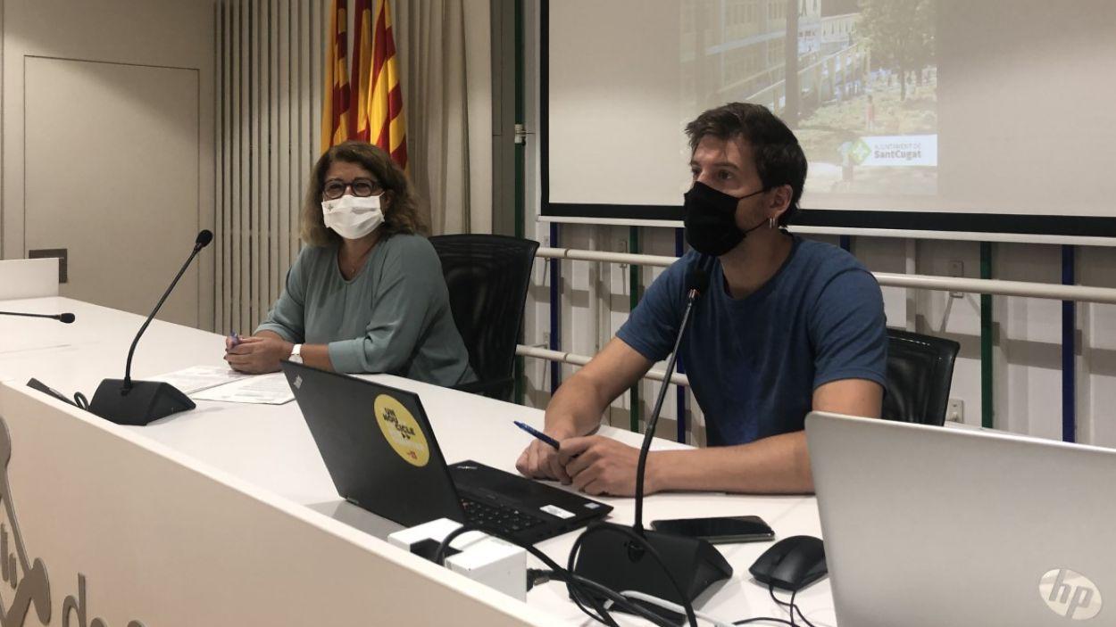 Els regidors Pilar Gorina i Marco Simarro en la roda de premsa / Foto: Cugat Mèdia