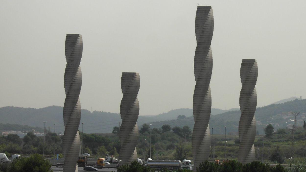 Les quatre columnes, símbol de la UAB / Foto: Wikipedia