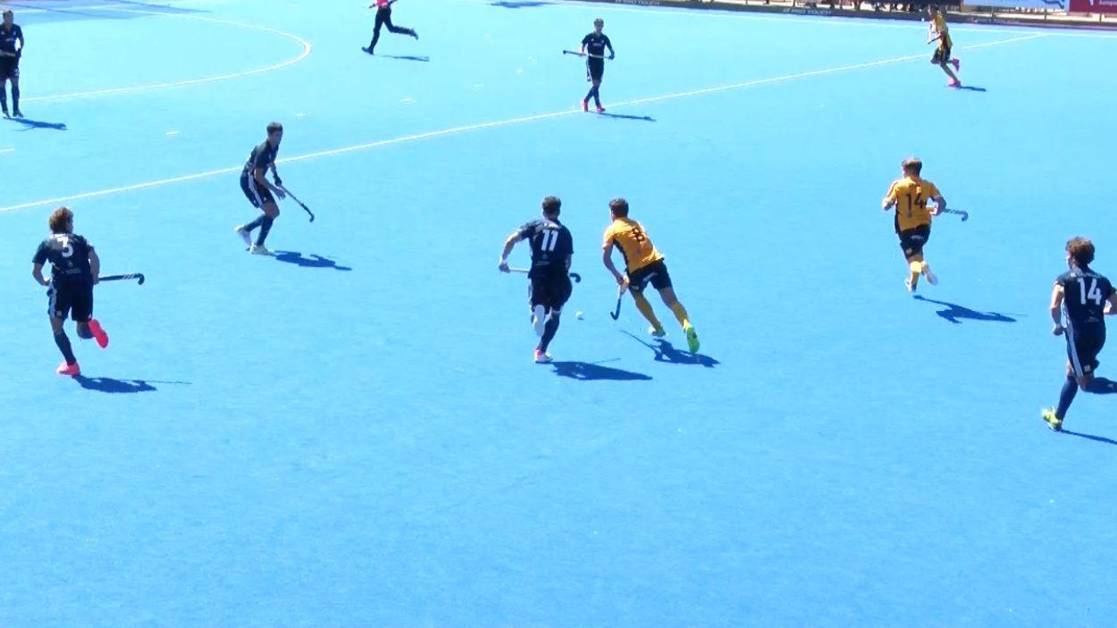 Imatge del partit entre el Junior i l'Atlètic Terrassa / Foto: Cugat Mèdia