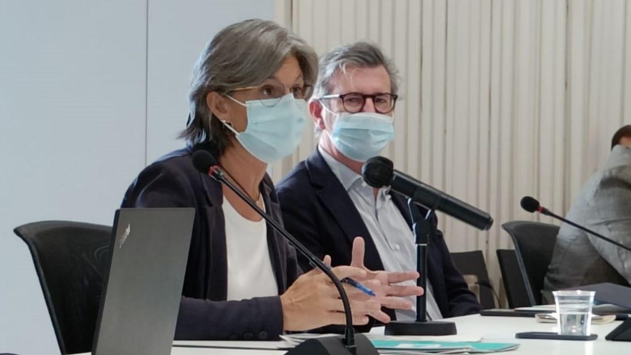La portaveu de Junts per Sant Cugat, Carmela Fortuny, durant una sessió de ple municipal / Foto: Cugat Mèdia