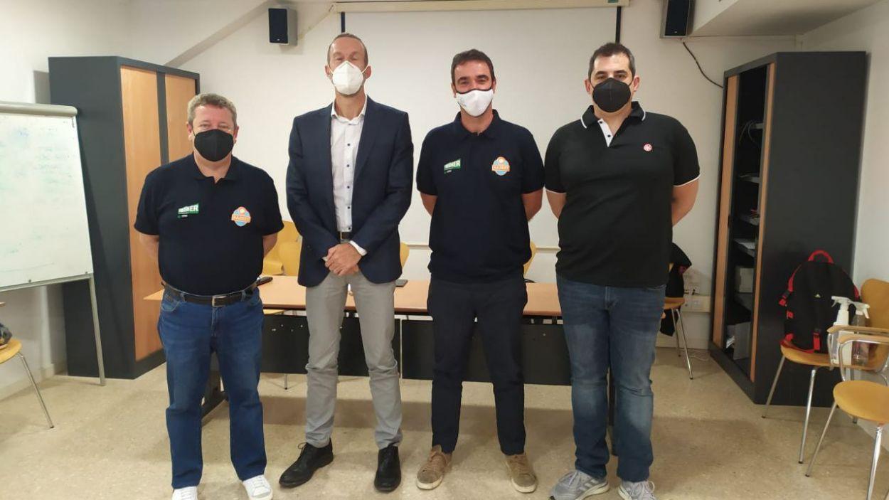Representants del Qbasket i la UESC, aquest dimarts en roda de premsa / Foto: Cugat Mèdia