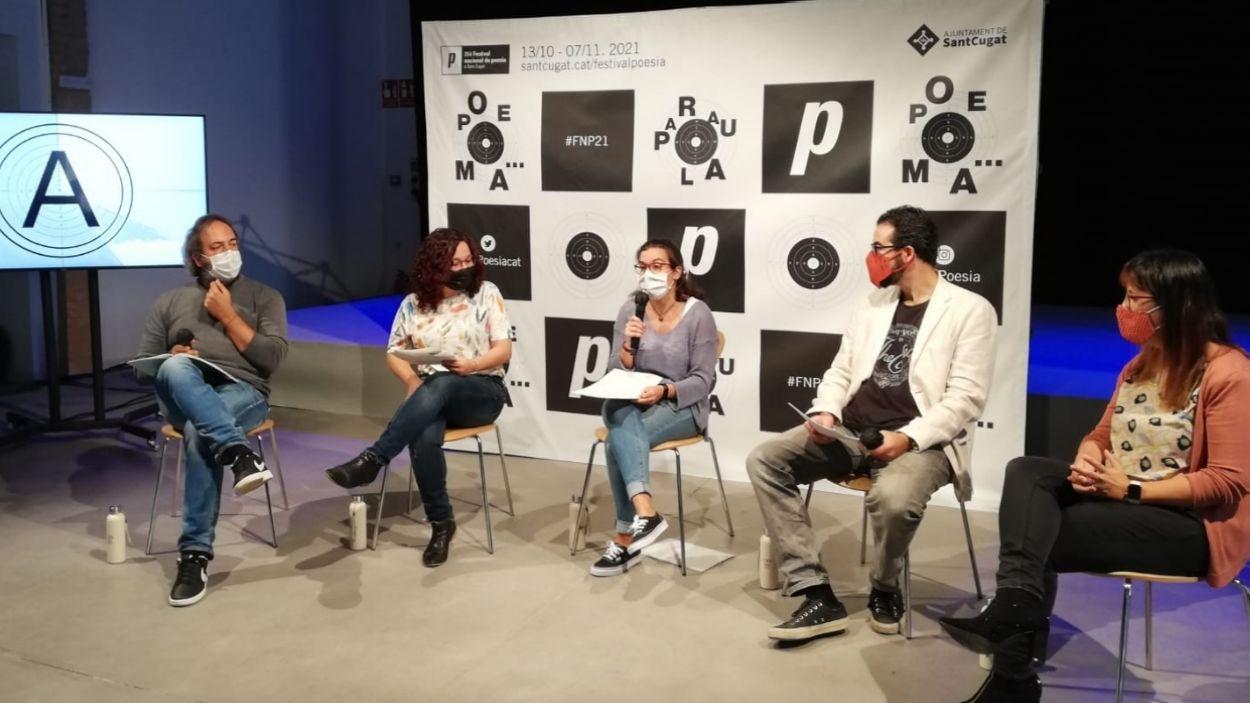 D'esquerra a dreta, Andreu Gomila, M. Antònia Massanet, Esther Madrona, JR Armadàs i Cris Gambín / Foto: Localpres
