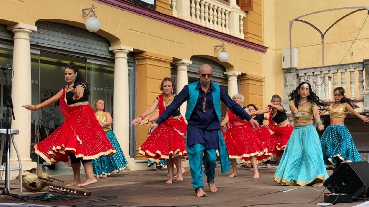 Un moment de les danses del món amb Bollywood d'aquest diumenge / Foto: Cugat Mèdia
