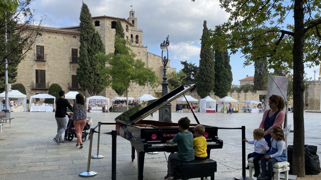 Tres pianos reparteixen música per Sant Cugat