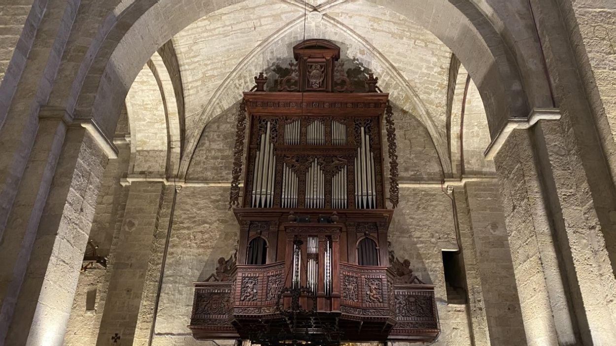 L'orgue del Monestir, que es va començar a construir l'any 1911 / Foto: Cugat Mèdia