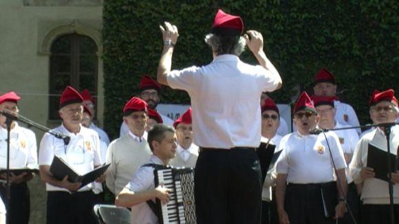La 2a Trobada Catalana de Caramelles de Sant Cugat es fa gran amb més cantaires i públic