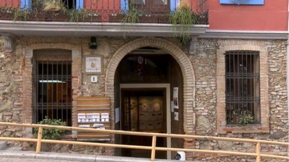 La pintora Glòria Corrons estrena exposició avui a l'Ateneu Santcugatenc