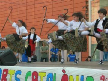 Els balls tradicionals catalans prenen Sant Cugat per cinquè any consecutiu