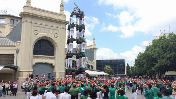 Els Gausacs carreguen el 5 de 8, la Catedral, a Sabadell