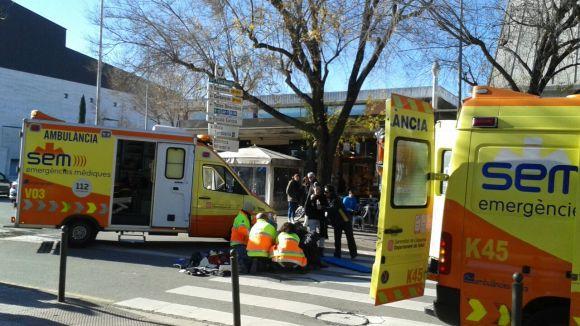 Dues ambulàncies s'han desplaçat al lloc de l'atropellament