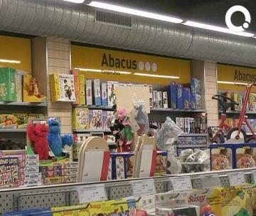 Abacus supera els 700 socis nous a la ciutat des de l'obertura de la botiga de la plaça d'Octavià