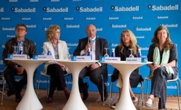 Banc Sabadell dóna 17.800 euros a entitats solidàries gràcies al torneig Godó
