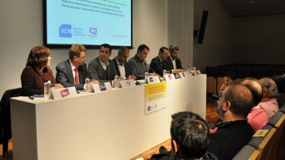 El món local i els partits catalans demanen la derogació de la LRSAL