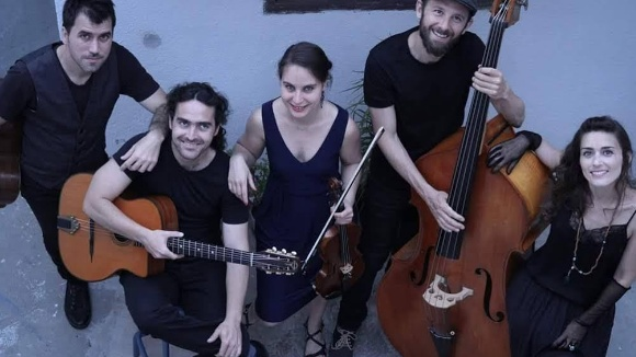Concert: Acoustic Guiri Explosion