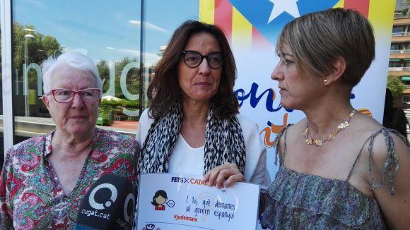 Sílvia Flury, Mercè Conesa i Lourdes Ciuró a la roda de premsa