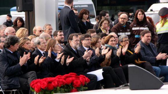 Autoritats a la primera fila en l'acte de record de les víctimes del vol de Germanwings / Foto: ACN