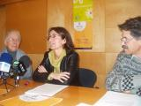 Teresa Cunillé, la regidora Marta Subirà i Josep Casadellà.