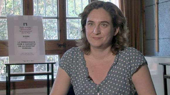 Ada Colau: 'A l'Estat espanyol hi falta una societat civil forta'