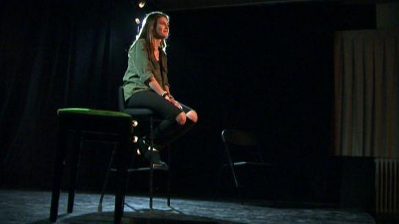 Els joves reivindiquen la seva interpretació de la poesia a la Casa de Cultura