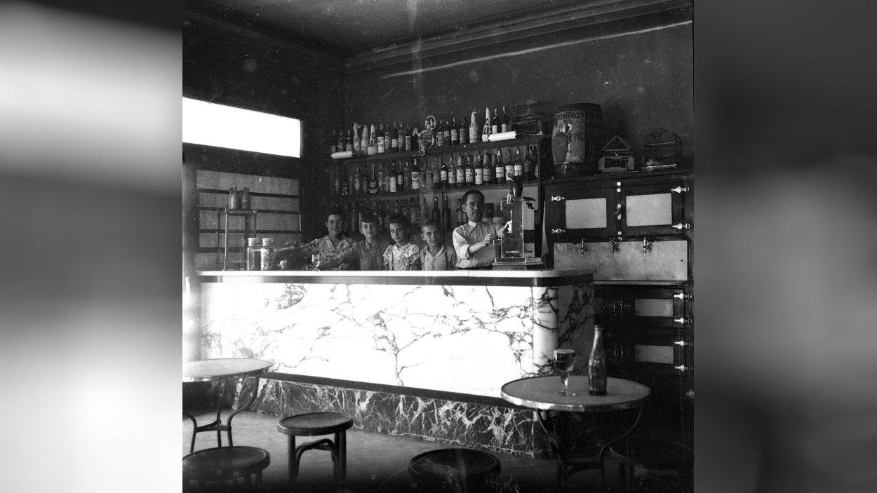 Ruta: 'Botigues, bars i restaurants, el comerç emblemàtic de la ciutat'