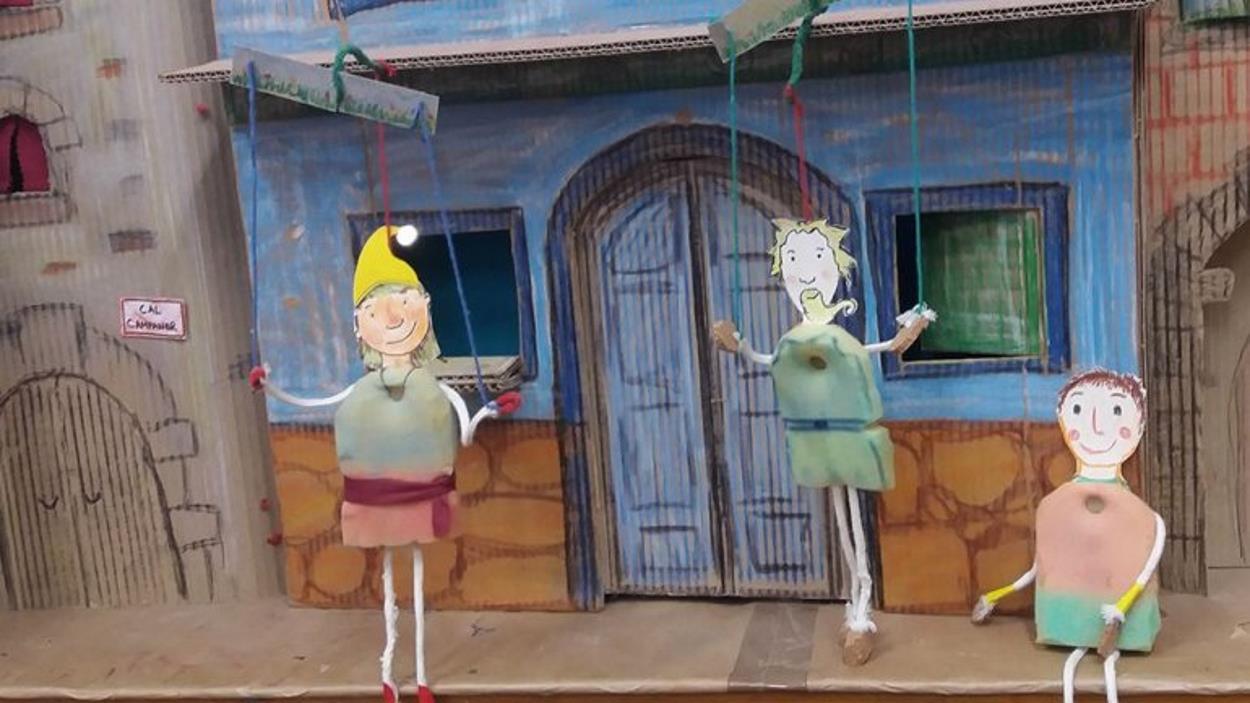 Diverdivendres: Taller dels petits follets marionetes