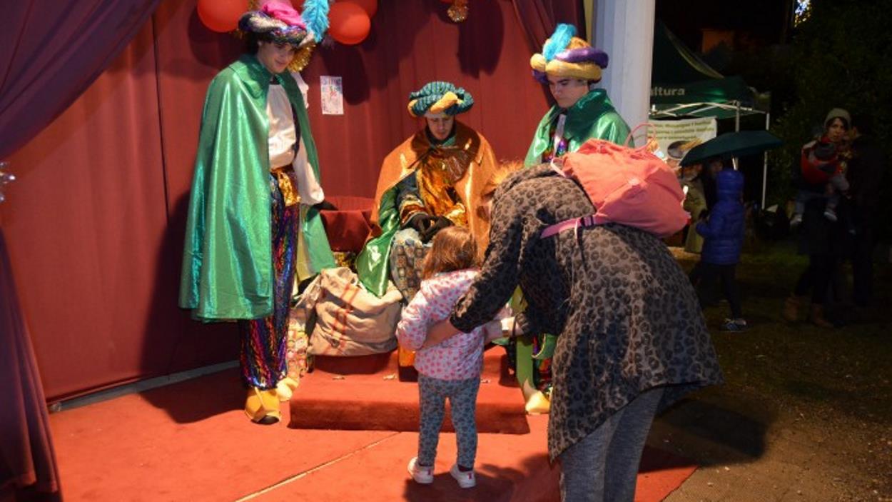 Nadal: Patges de ses Majestats a Valldoreix
