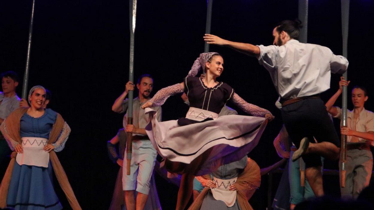 Actuació de final de curs de l'Escola de Dansa del Grup Mediterrània