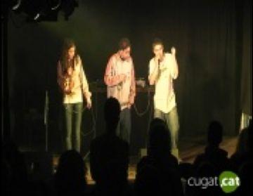 Més de 200 persones s'apleguen al concert de hip hop dels santcugatencs 'Agüita Fresca'