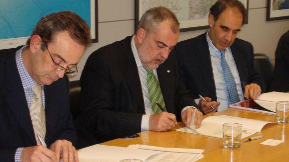 El govern i Acciona signen el contracte per la gestió d'Aigües Ter-Llobregat