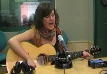 La santcugatenca Aina Mitjans, guardonada en un concurs de cantautors a Terrassa