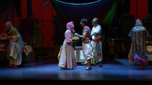 L'animada posada en escena d''Aladín, un musical genial' captiva grans i petits