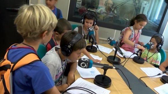 Els casals d'estiu de l'escola Ciutat d'Alba visiten Cugat.cat