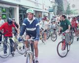L'alcalde Lluís Recoder a la bicicletada popular del Dia Sense Cotxes