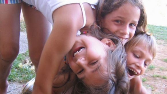 Aldees Infantils agraeix l'Iscsalud la tasca de suport a l'entitat amb un reconeixement