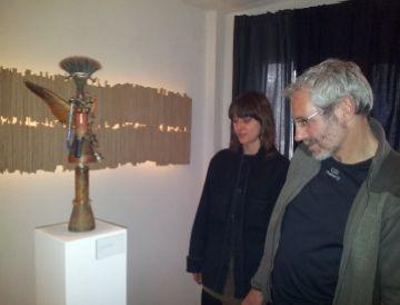 L'exposició 'Alehop' mostra personatges creats a partir de materials utilitzats