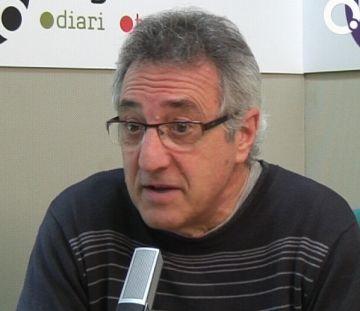 L'escriptor santcugatenc Víctor Alexandre dóna suport al manifest