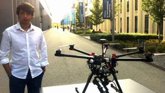 Alfono Zamarro ha ideat una xarxa de 'drones' per ajudar els serveis d'emergències / Foto: Esade