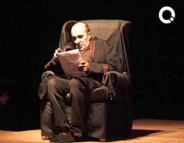 La Lectura a la Fresca 'Amadeus' omple la plaça de l'Om tot i la calor