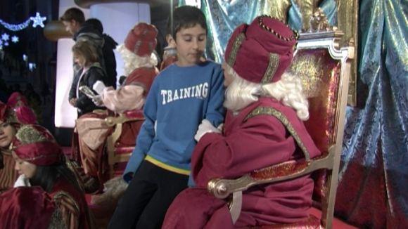 Els ambaixadors reials demanen bondat als infants i que siguin feliços