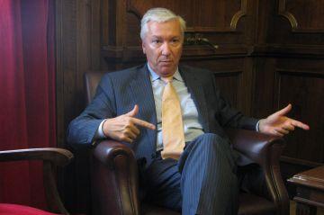 Antoni Abad (Cecot), proper president d'Unnim
