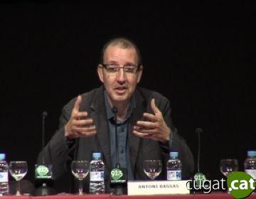 Antoni Bassas: 'El poder polític exerceix una gran pressió sobre els mitjans públics i privats'