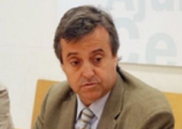 Reaccions dels grups municipals d'ICV-EUiA i el PSC a la moció de censura de Cerdanyola