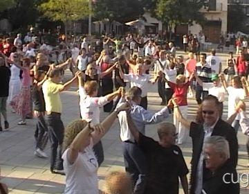 L'Entitat Sardanista apropa el ball amb dos cursets