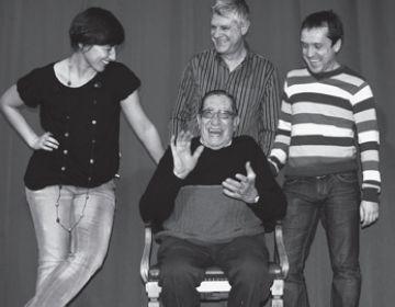 'Aquesta és la qüestió' ret homenatge als actors en un muntatge estrenat 13 enrere al Teatre la Unió