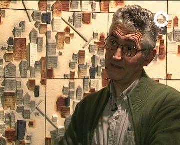 Una exposició de Manuel Aramendía es qüestiona la fragilitat de l'individu a partir de la ceràmica