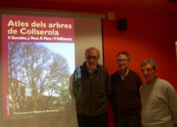 Tres dels quatre autors de l'altles durant la presentació de l'obra