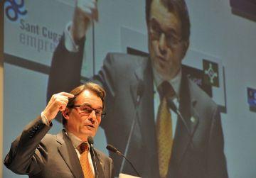 Mas adverteix que l'austeritat continuarà durant el 2012