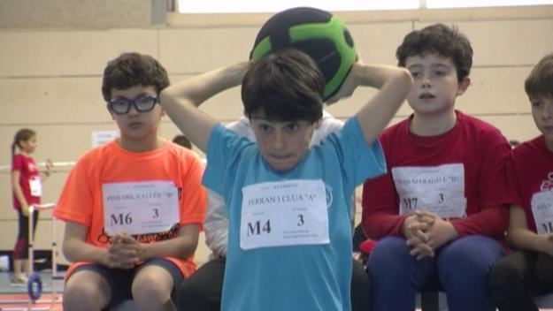 Un atleta dels 145 que han participat en el 12è Campionat Comarcal Jugant a l'Atletisme / Font: cugat.cat
