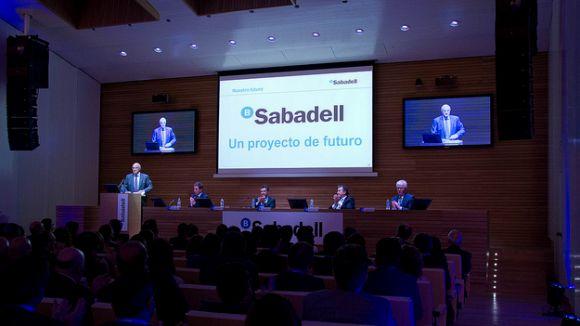 Auditori del Banc Sabadell durant la reunió / Font: Bancsabadell.com